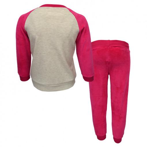 """Πιτζάμα με μπεζ βελουτέ μακρυμάνικη μπλούζα και φούξια βελουτέ παντελόνι """"Dreams Cats"""" πίσω μέρος"""