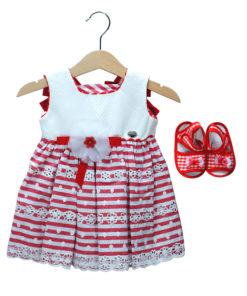 Φόρεμα ριγέ κόκκινο με λουλούδι στην μέση και παπούτσια αγκαλιάς